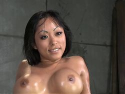 Sexy Asian MILF Deepthroat BJ