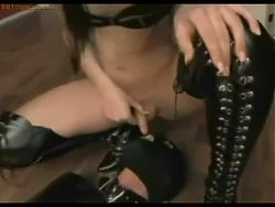 Slave swallow shemale piss and cum nohand