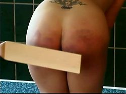 American Brutal Spanking... at the Pool ?